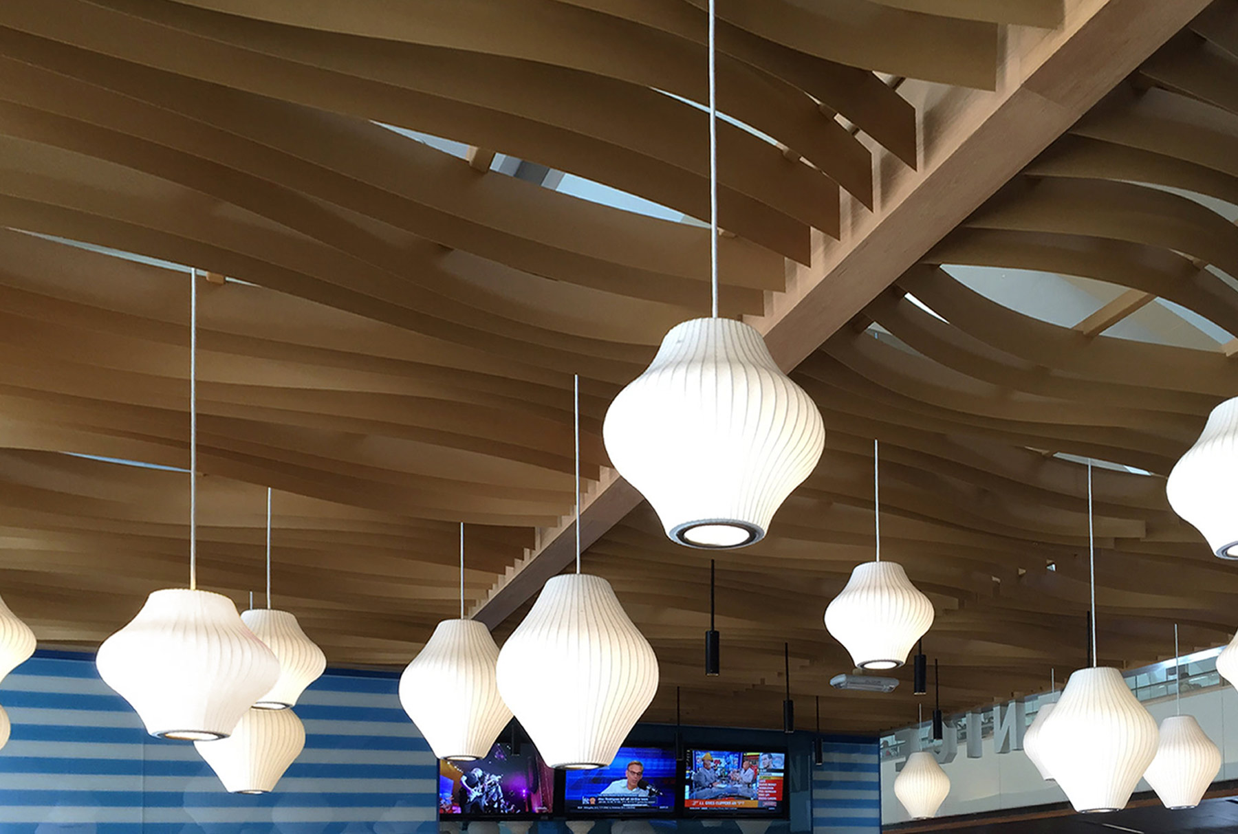 Close up of Arktura Atmosphera® Contour installed James Beach LAX bar