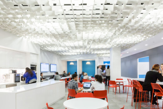 SoftGrid® Skyline acoustical system installed in Publicis workspace