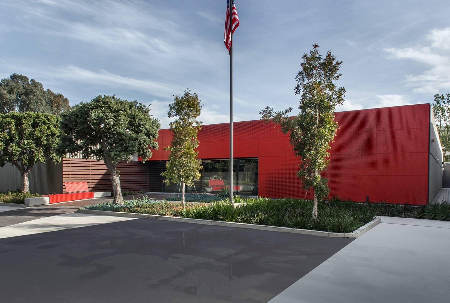 Arktura Graphic Perf® Scripted exterior facade