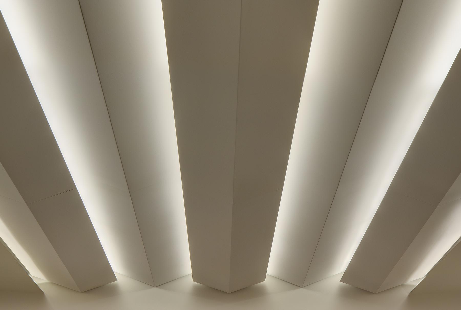 Close up of Arktura Solution Studio ceiling in GE Health