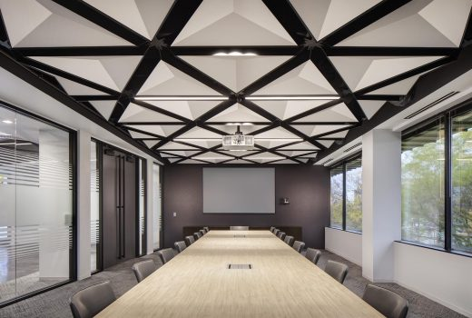 """""""Werner Co"""" Barrington, IL, EWP Architects,Featuring: TriSoft® by Arktura"""